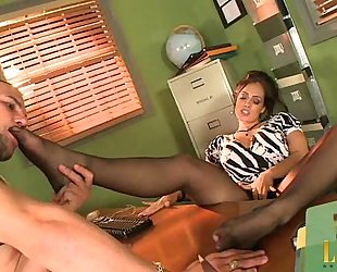 Mrs. Perez in Pantyhose - Part 1